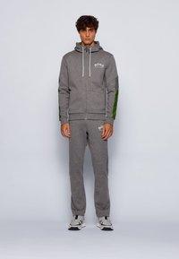 BOSS - SAGGY - Zip-up hoodie - grey - 1