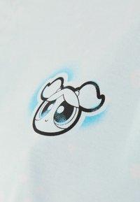 Bershka - POWERPUFF GIRLS - T-shirt imprimé - light blue - 5