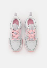 Reebok - XT SPRINTER 2.0 UNISEX - Neutral running shoes - pure grey/pink glow/footwear white - 3