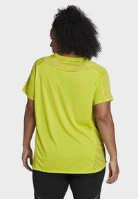 adidas Performance - OWN THE RUN PRIMEGREEN RUNNING - Print T-shirt - Yellow - 2