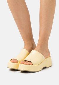 Emmshu - VIBE - Heeled mules - yellow - 0