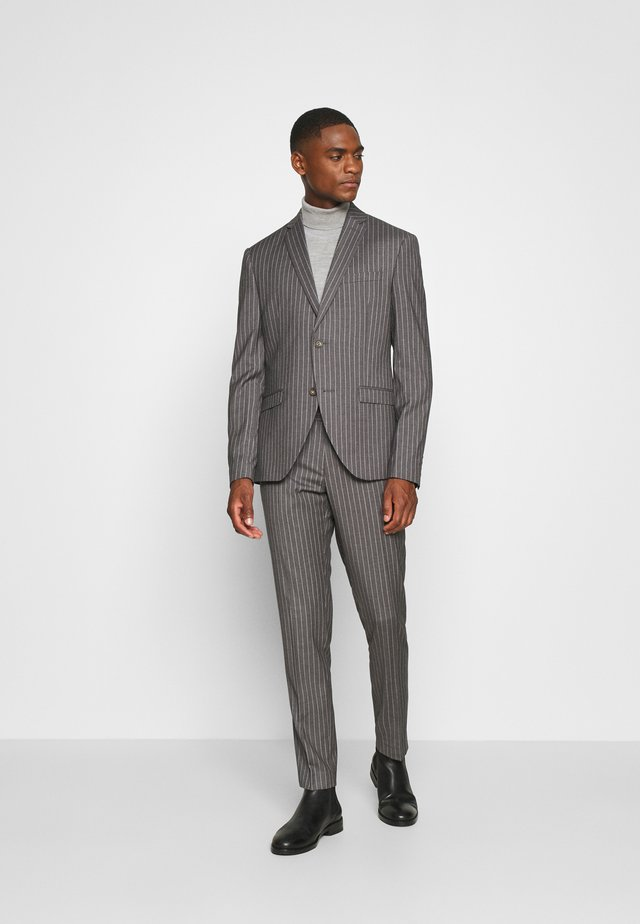 BOLD STRIPE SUIT - Traje - grey