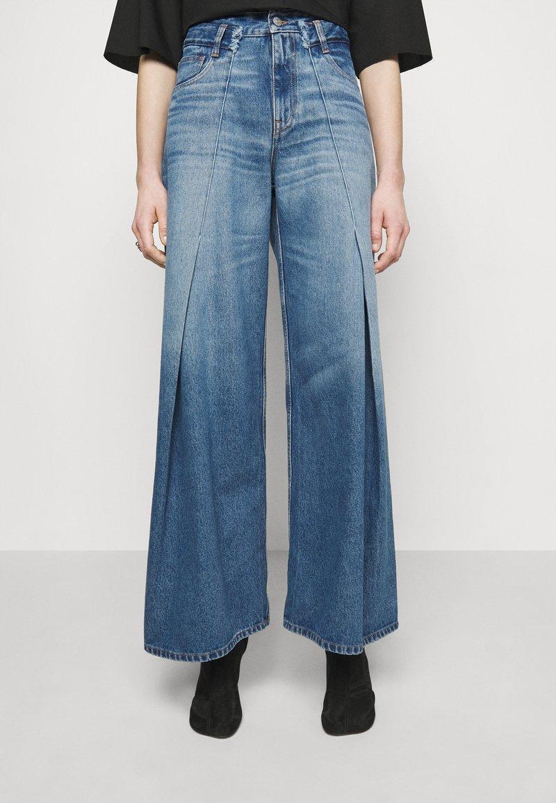 MM6 Maison Margiela - Široké džíny - blue denim
