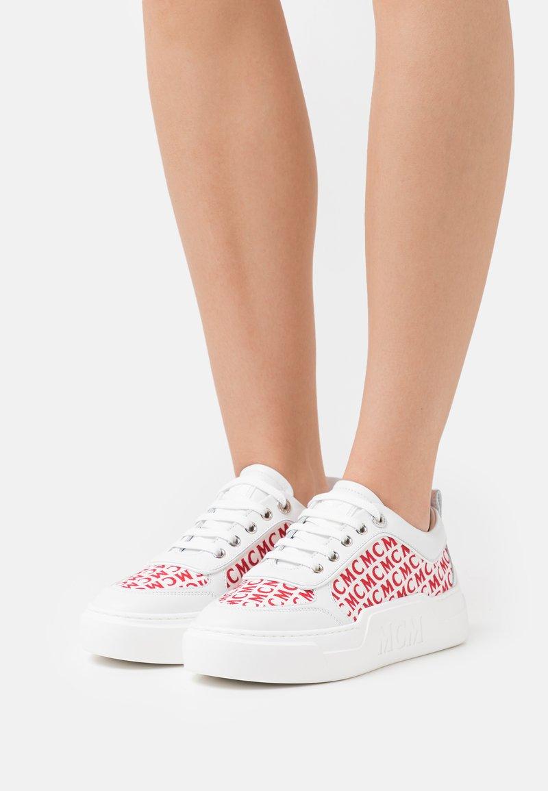 MCM - SKYWARD PLATFORM - Sneakersy niskie - white