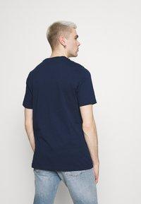 adidas Originals - LINEAR LOGO TEE - Print T-shirt - collegiate navy - 2