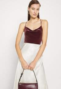 Abercrombie & Fitch - COZY CHASE - Top - burgundy - 3