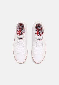 Tommy Jeans - MID FLATFORM VULC - Sneakers alte - white - 4