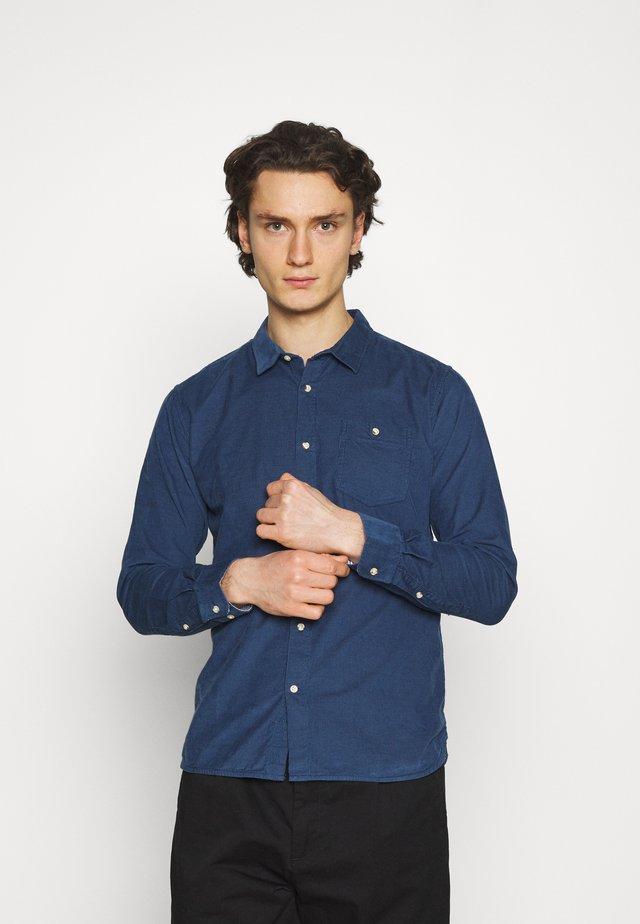 ELDER BABY - Shirt - light blue denim