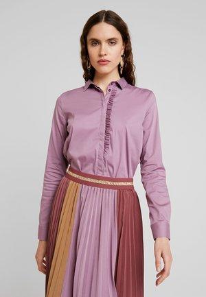 TILDA FRILL - Button-down blouse - wild plum