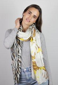 Codello - Scarf - beige - 0