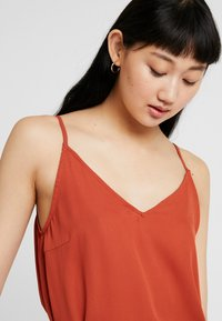 ONLY - ONLSIVA SINGLET - Top - picante - 3