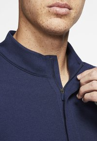 Nike Golf - NIKE DRI-FIT VICTORY HERREN-GOLFOBERTEIL MIT HALBREISSVERSCHLUSS - Funkční triko - dark blue - 4