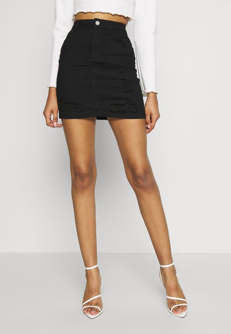 Missguided - DISTRESSED SKIRT - Denim skirt - black