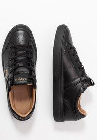 Lacoste - COURTLINE - Sneakersy niskie - black - 1