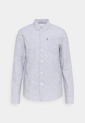 Shirt - mottled light blue