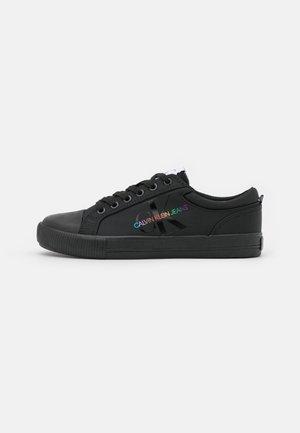 LACEUP - Sneakersy niskie - black