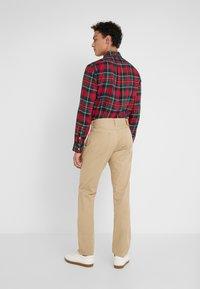 Polo Ralph Lauren - VARICK - Trousers - luxury tan - 2