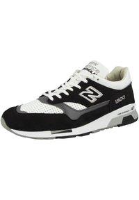 New Balance - Zapatillas - black/white - 1