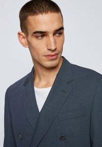 BOSS - NIELSEN - Blazer jacket - dark blue - 3