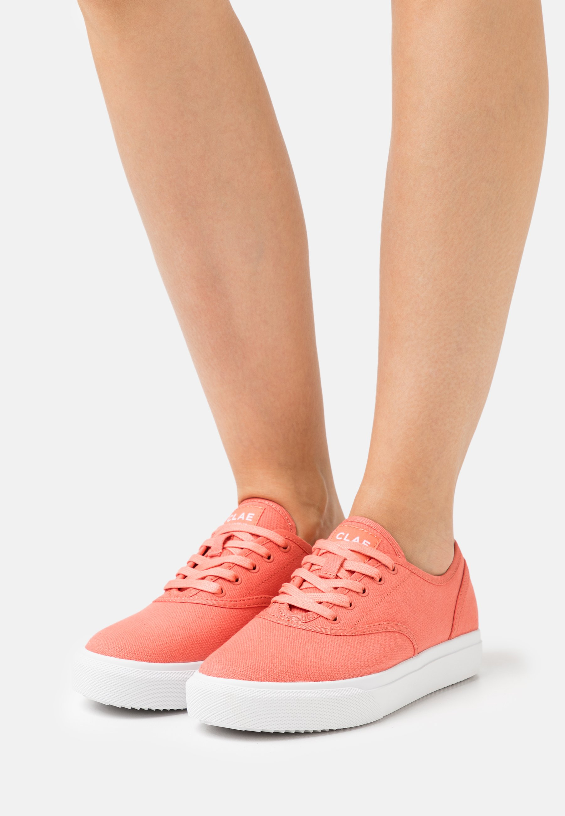 Women VEGAN AUGUST - Trainers - coral