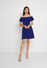WAL G. - STACEY SKATER DRESS - Koktejlové šaty/ šaty na párty - electric blue - 1