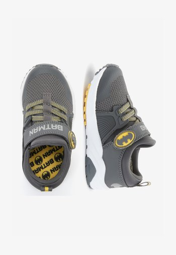 BATMAN STRAP TOUCH FASTENING TRAINERS