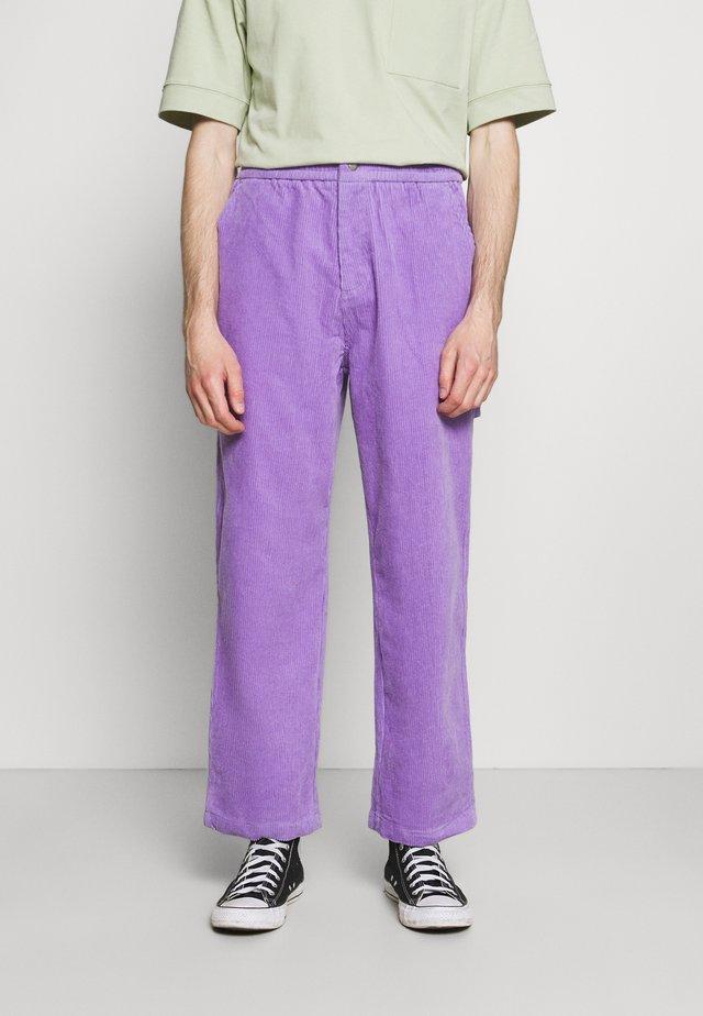 CARPENTER PANT - Broek - purple