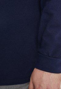 Lacoste - Poloshirts - marine - 5
