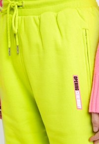 Opening Ceremony - Tracksuit bottoms - fluorescent yellow - 4