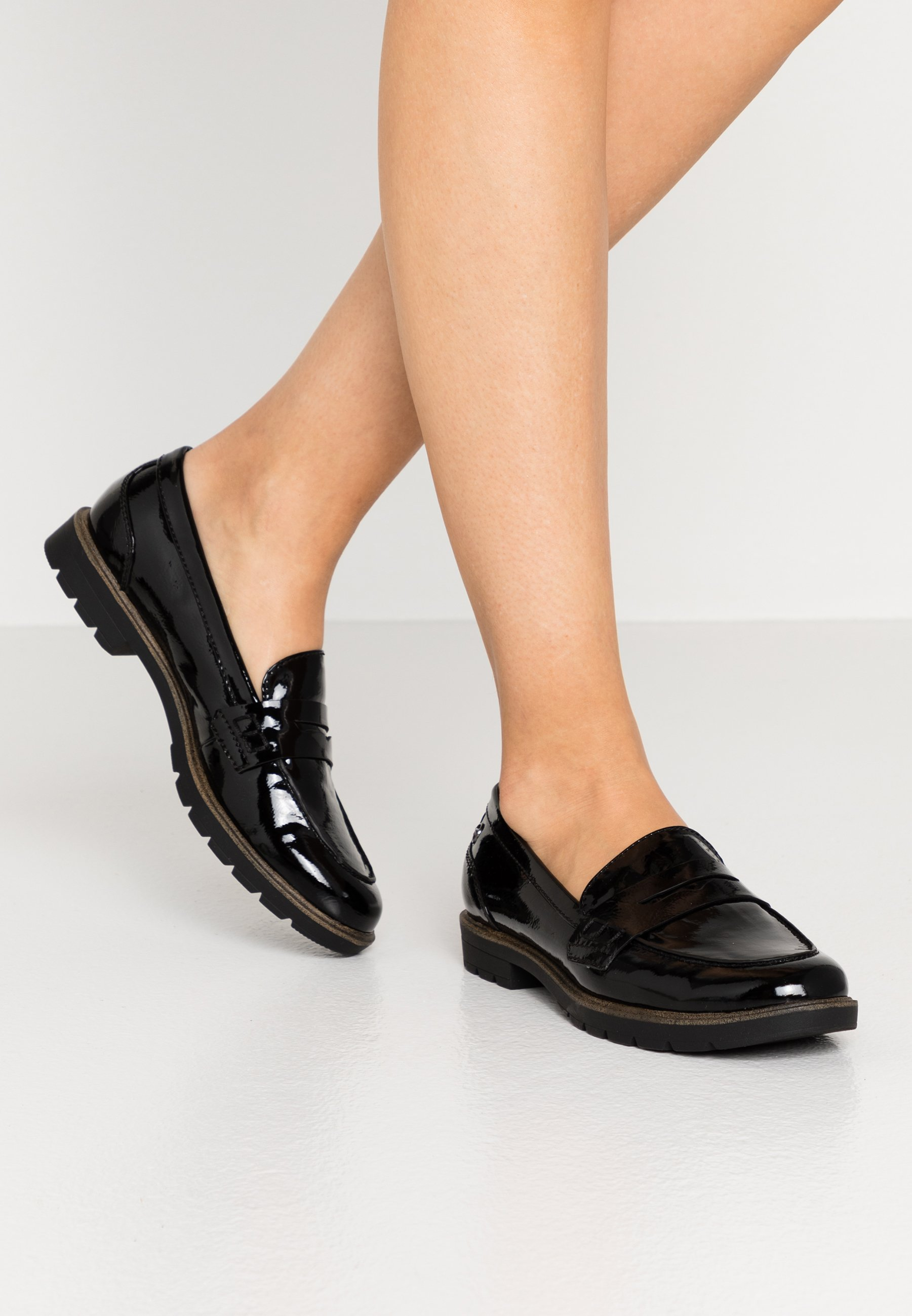 Halbschuhe für Damen sind die neue Schuhklasse für Damen