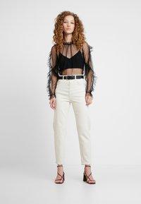 Pepe Jeans - DUA LIPA X PEPE JEANS - Džíny Relaxed Fit - white denim - 1