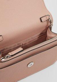 LIU JO - BELT BAG CAMEO - Bum bag - light pink - 4