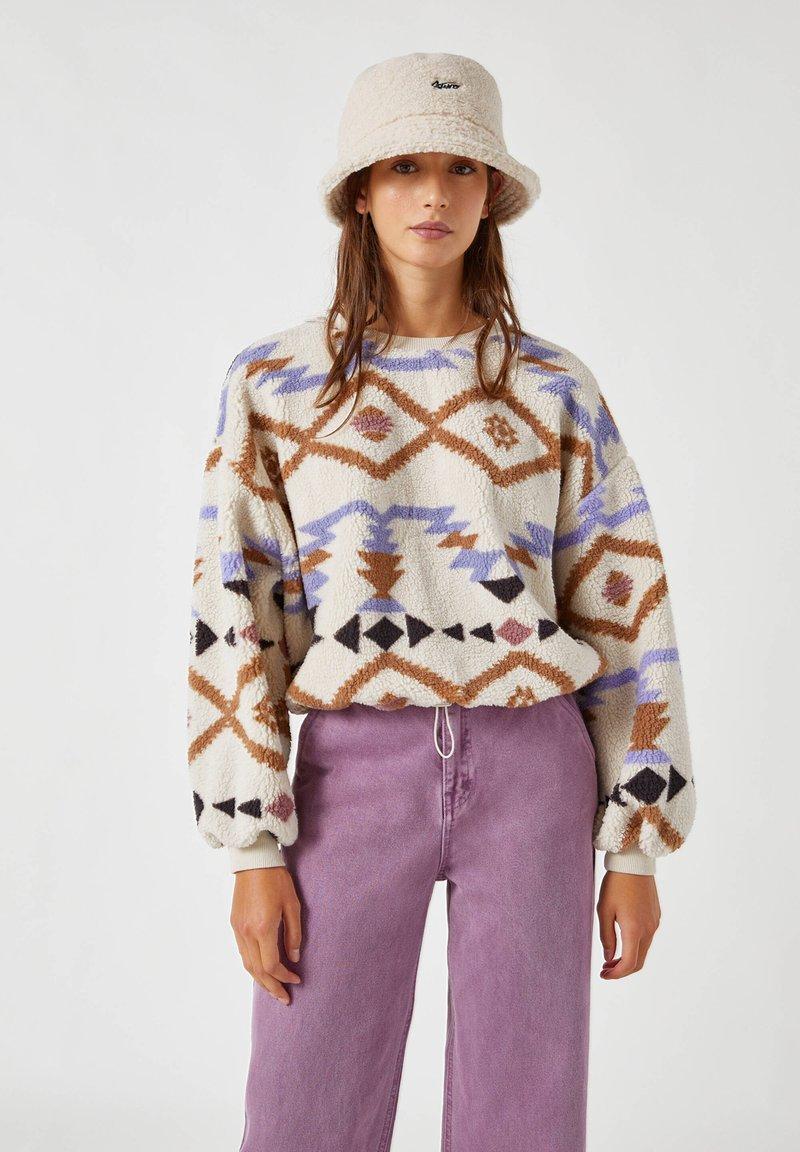 PULL&BEAR - Fleece jumper - white