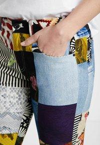 Desigual - Slim fit jeans - blue - 3
