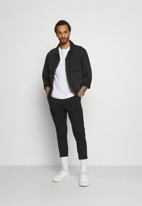 Redefined Rebel - JOHNNY PANTS - Trousers - black - 1