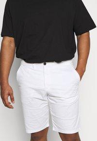 CELIO - ROSLACK - Shorts - blanc - 4