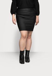 Pieces Curve - PCPARO COATED SKIRT - Pencil skirt - black - 0