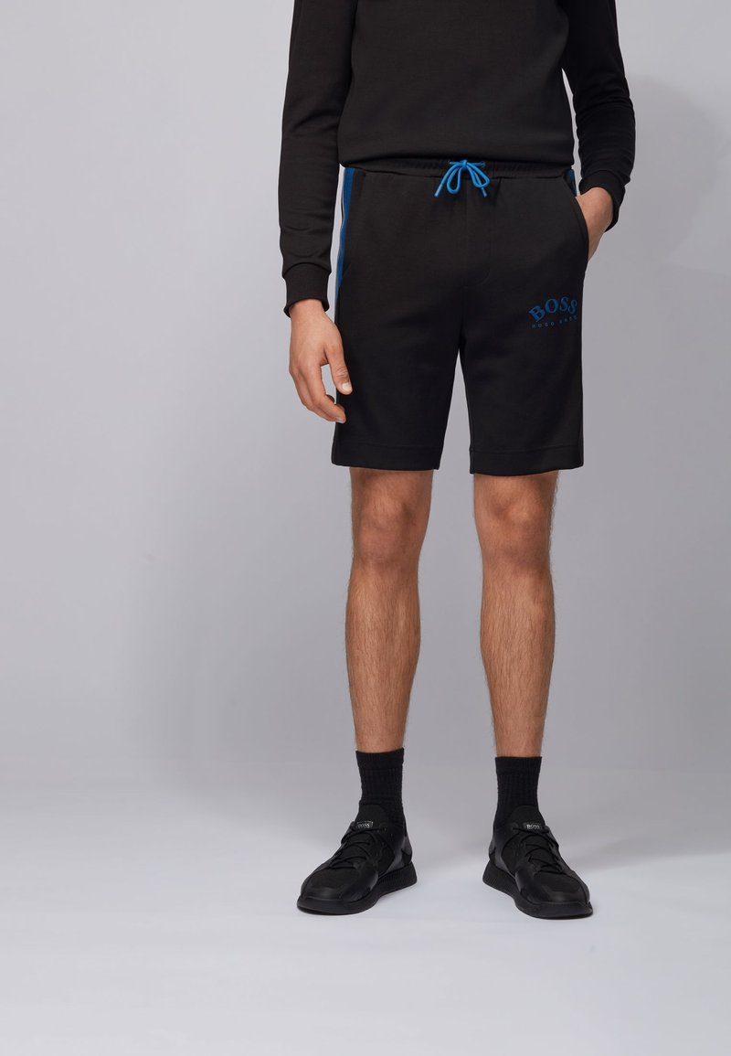 BOSS - Shorts - black
