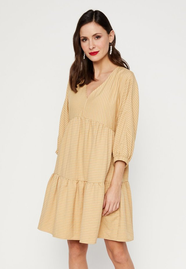 Day dress - harvest gold