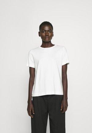DAKAIA - Basic T-shirt - natural