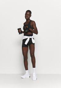 Even&Odd active - ACTIVE SET - Dres - black - 1
