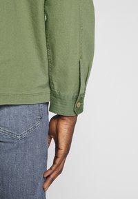Lee - OVERSHIRT - Shirt - utility green - 3