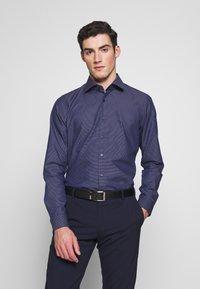 Strellson - SANTOS - Formal shirt - dark blue - 0