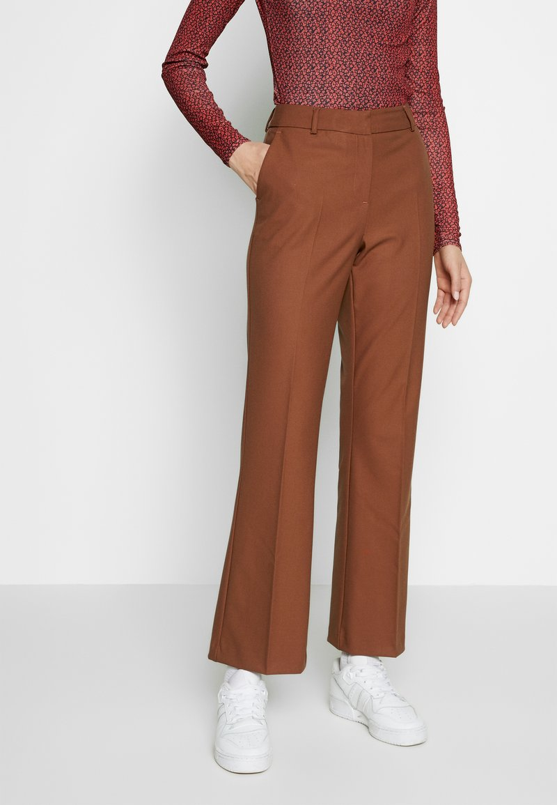 Selected Femme Tall - SLFADA  CROPPED FLARED PANT - Bukse - ginger bread