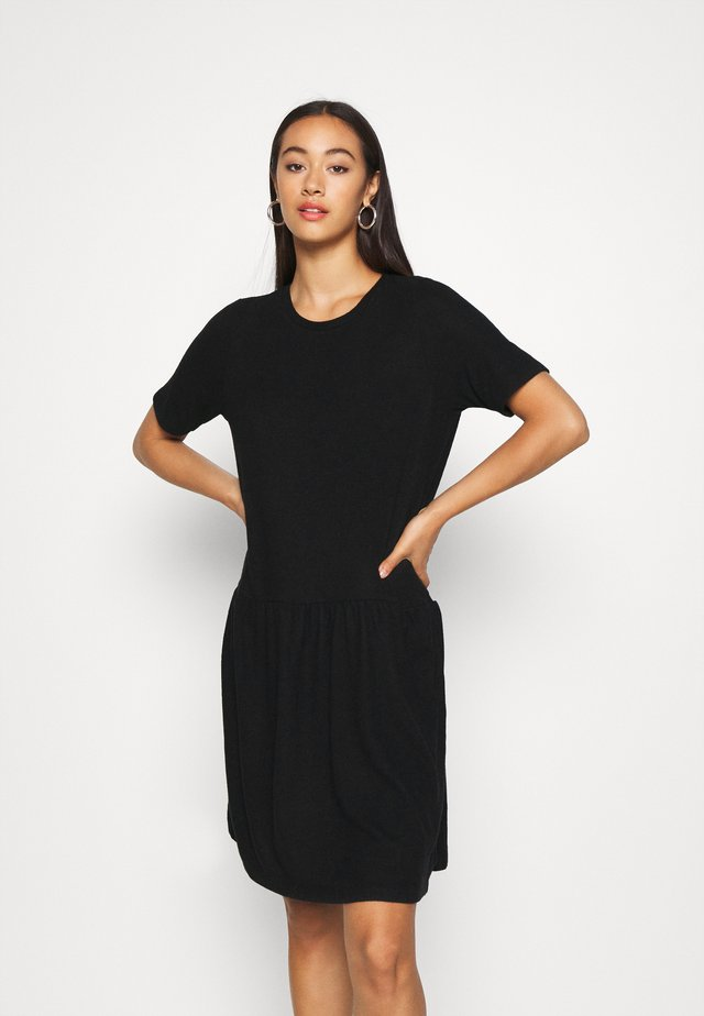 NMJOSE LOOSE DRESS - Sukienka dzianinowa - black