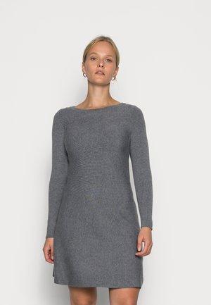 VMNANCY BOATNECK DRESS - Gebreide jurk - medium grey melange