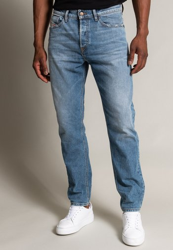FINING - Relaxed fit jeans - destroyed
