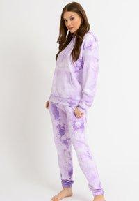 Chelsea Peers - Hoodie - lilac - 0