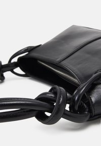 Topshop - 90S  KNOT SHOULDER - Handbag - black - 4