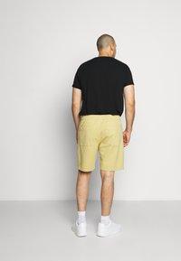 Jack´s Sportswear - DRAWSTRING - Shorts - sand - 2